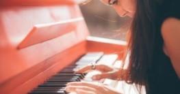 Die richtige Haltung: So sitzen Sie richtig am Klavier